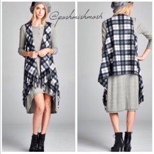 Gray & Ivory Plaid Fleece Sleeveless Cardigan Vest